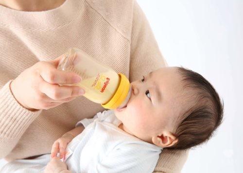 母乳実感シリコンコーティング哺乳瓶